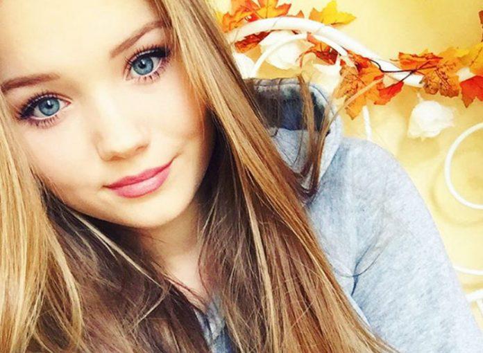 Julia Beautx Ihr Freund Farbt Ihre Haare Bunt Starzip
