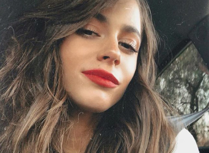 Tini Stoessel ist sehr dünn, fast schon mager