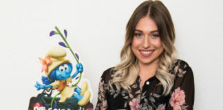 Komm zur Premiere: Bibis Beauty Palace spricht Schlumpfilie in Die Schlümpfe das verlorene Dorf