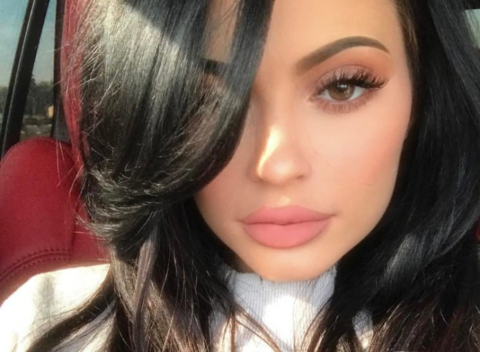Kylie Jenner Kylighter Shitstorm