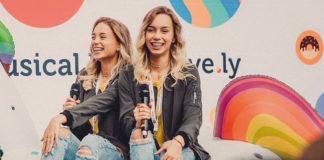 Lisa und Lena sind Fan von Baby Ariel