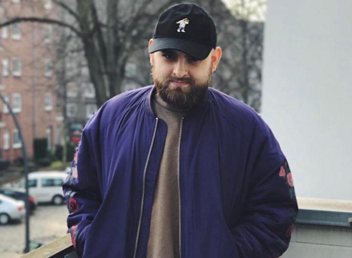 Cengiz erzählt seine peinliche Hoden Story