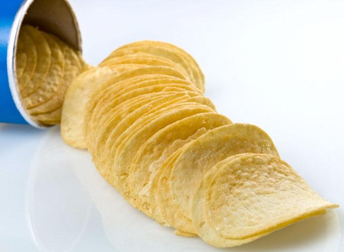 darum haben wir pringles chips immer falsch gegessen. Black Bedroom Furniture Sets. Home Design Ideas