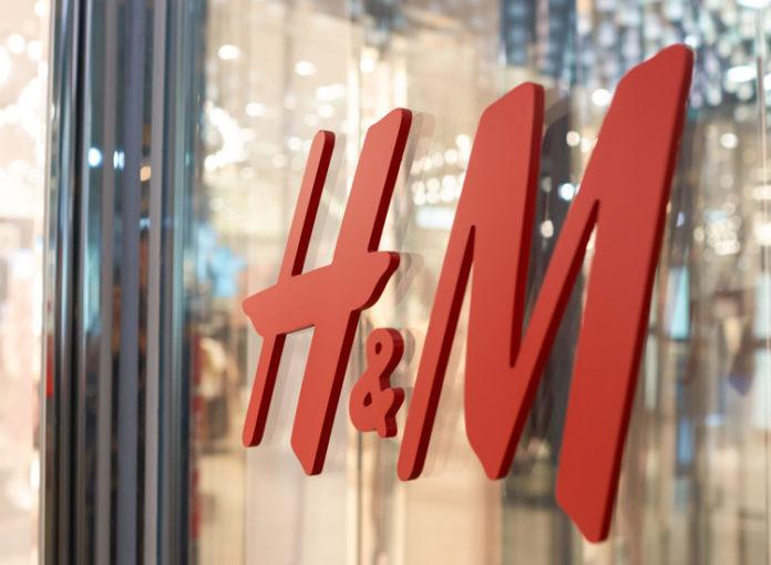 H&M will Filialen schließen - Aktie stürzt ab