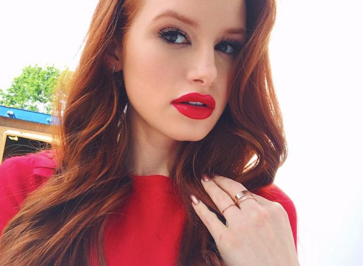 Riverdale-Star Madelaine Petsch ist ein bekannter YouTube ... Cheryl Cole