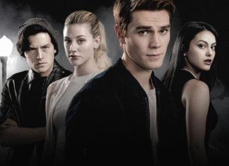 Riverdale-Jughead-und-Veronica-knutschen-im-Pool-CW