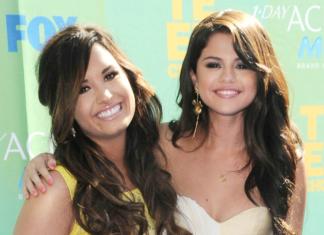 Selena Gomez Demi Lovato BFF