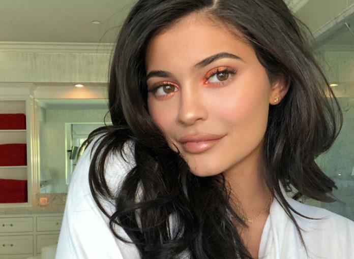 Kylie Jenner kauft viele teure Babyschuhe