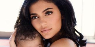 Kylie Jenner schenkt Baby Stormi eine Handtasche