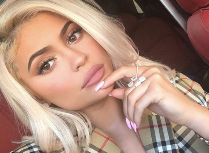 Kylie Jenner schadet Baby Stormi