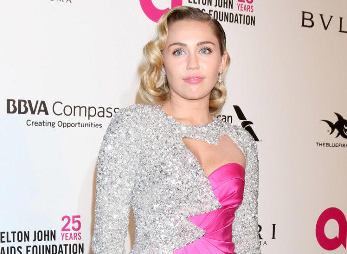 Miley Cyrus Villa in Malibu ist durch Kalifornien-Feuer abgebrannt