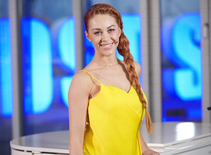 DSDS 2019 Jury: Wer ist Oana Nechiti?