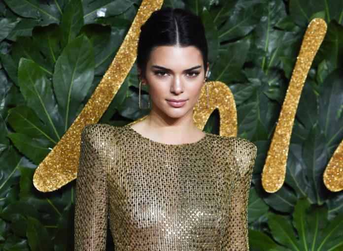 Kendall Jenner zeigt sich nackt