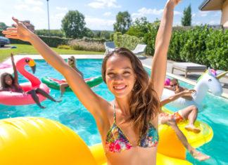 Sommer 2019 pool hitze