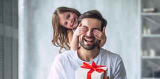 Vatertag 2019: Welches Geschenk ist das beste Last Minute Vatertagsgeschenk!