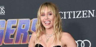 Miley Cyrus bewirbt ihre Musik mit Kondomen!