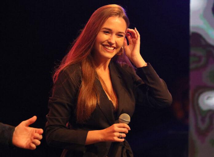Lets-Dance-2020-Laura-Müller