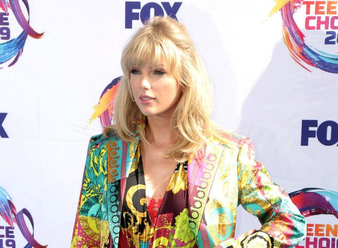 Taylor Swift bringt Album Evermore raus