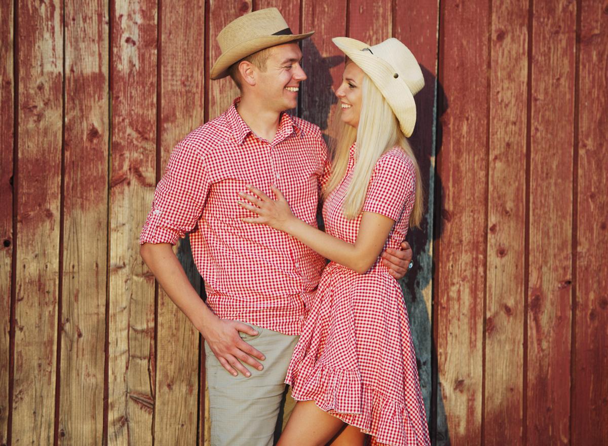 Partnerlook im Sommer: Passendes Kleid zum Hemd